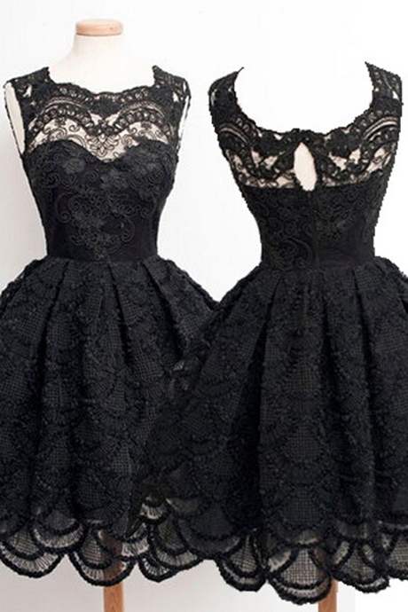 Classic Square Knee-Length Sleeveless Black Lace Homecoming Dress