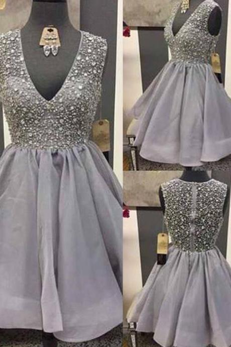 Shinning V-neck Above-knee Short Grey Tulle Homecoming Party Dress with Beading